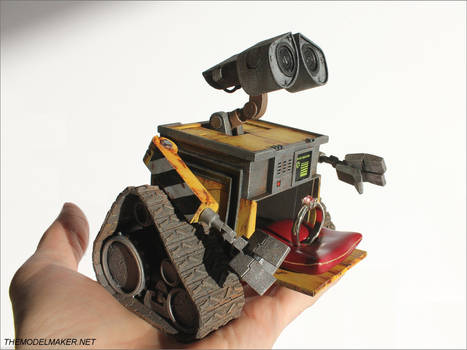 Wall-e engagement ring box