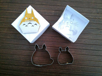 pair of Totoro cookie cutter by meeko-okeem
