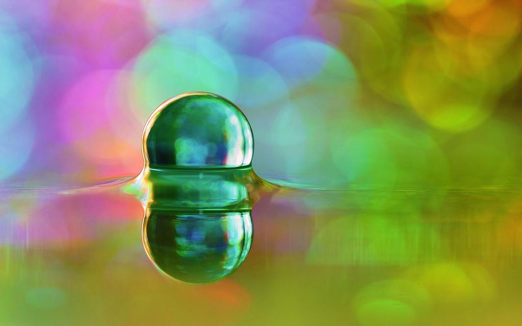 Happy Pill by DanielHeydecke