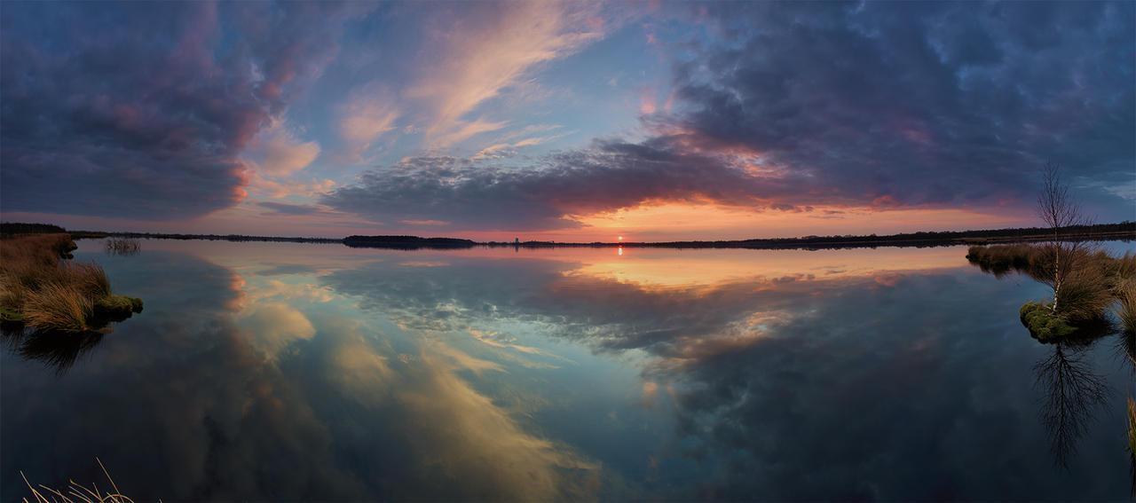 Windstill VI - Panorama by DanielHeydecke