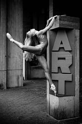 Dancer Against Concrete VI by HowNowVihao