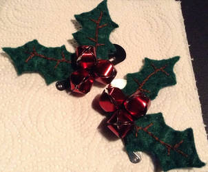 Jinglebell/Holly hairclips by Kharybdis01