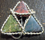 Triforce Pin by dociledragon