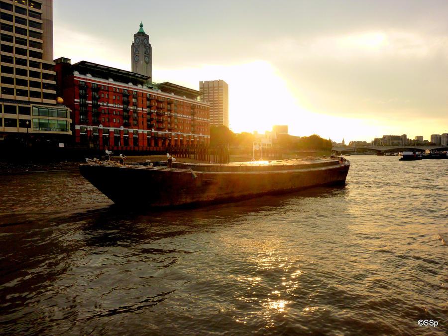 Thames by Lionpelt-66