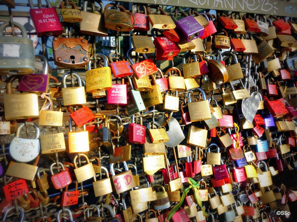 Love padlocks by Lionpelt-66