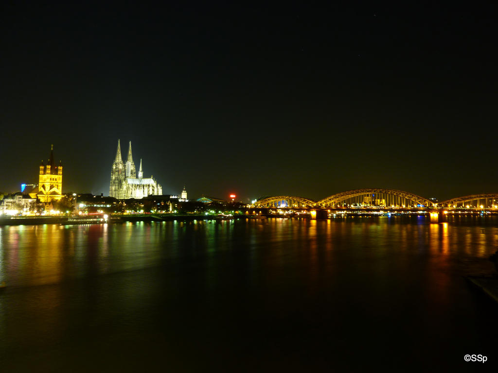 Cologne at night by Lionpelt-66