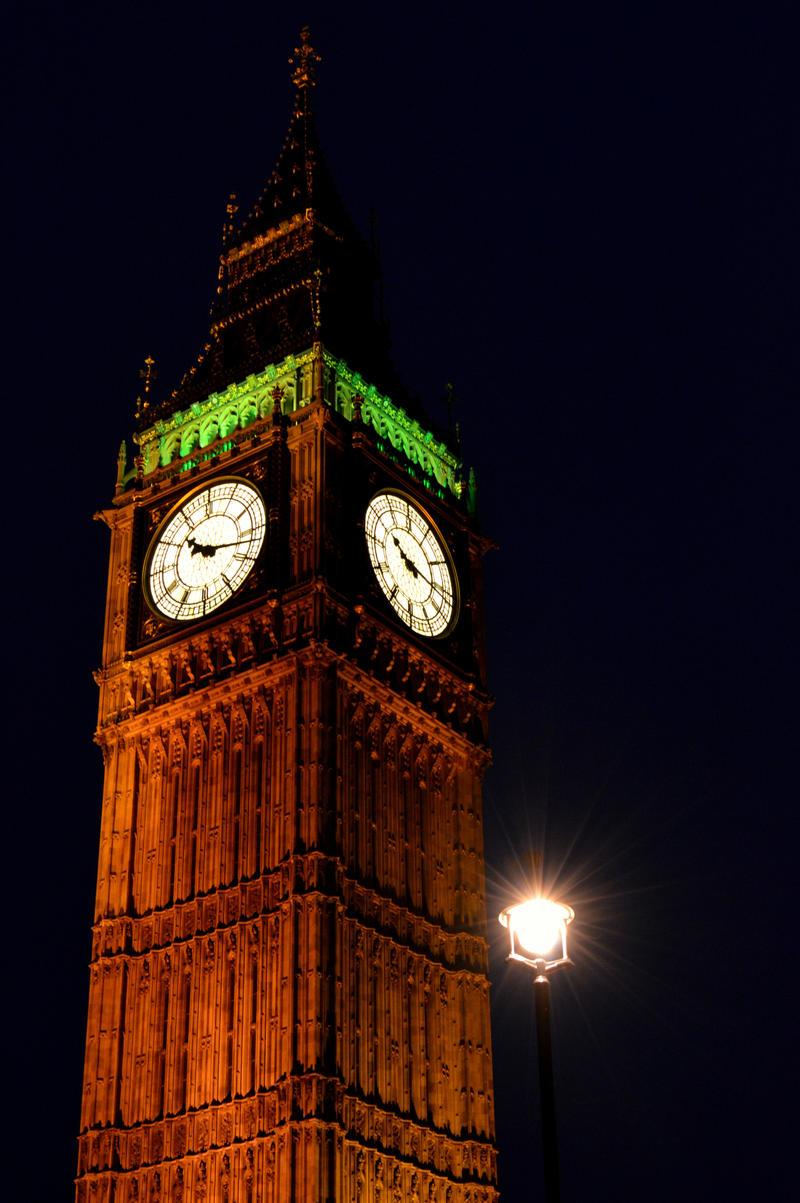 Elizabeth Tower by Lionpelt-66