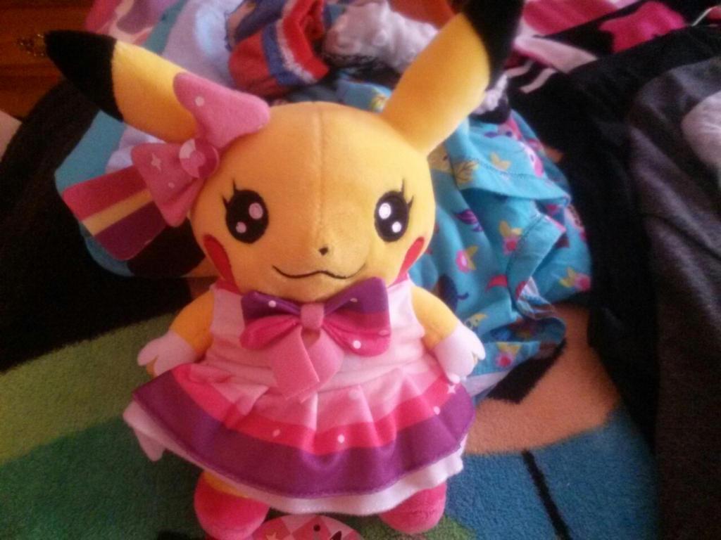 Pop Star Pikachu Plush by SkunkyRainbow270