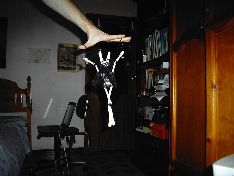 Vampbiscuit fly by Ferkvin