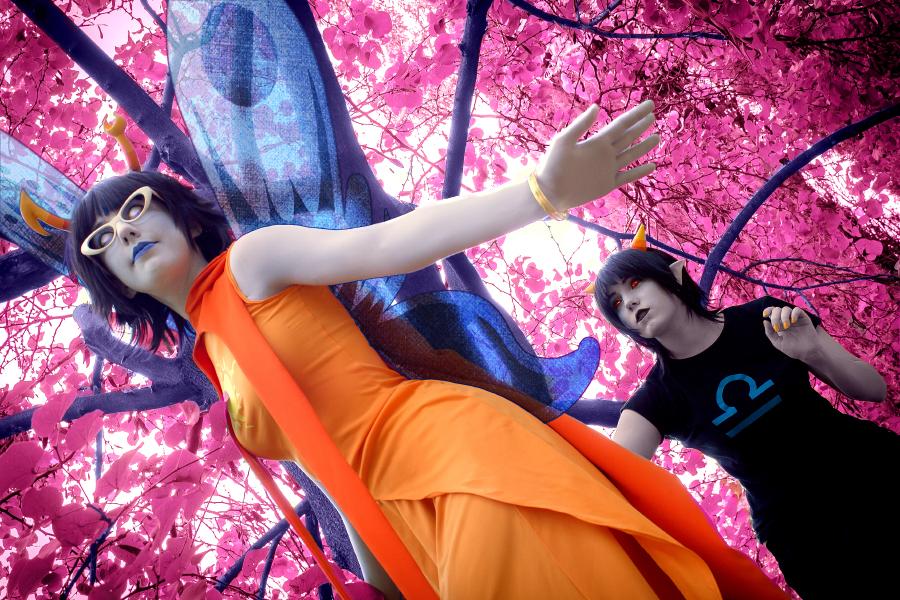 Across the Dream [Aranea and Terezi] by Mitsuki-Aizawa