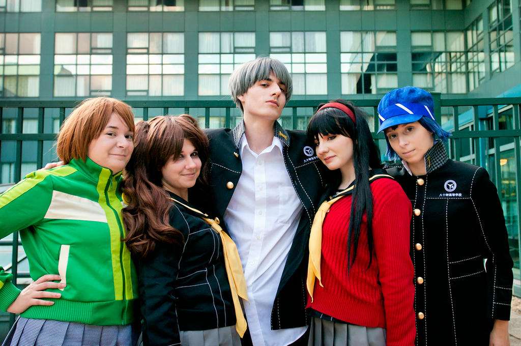 Persona 4 - Why choose just one!?