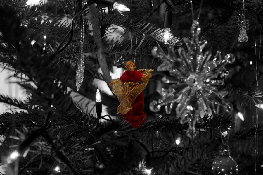 Christmas Tree Angel by johnwaymont