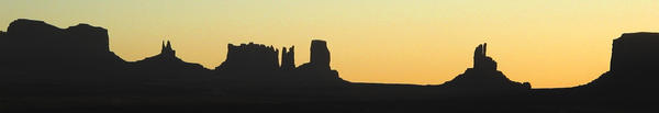 Monument Valley Panorama by telakur