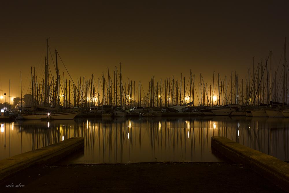 Fog in the bay. by CabrerFoto