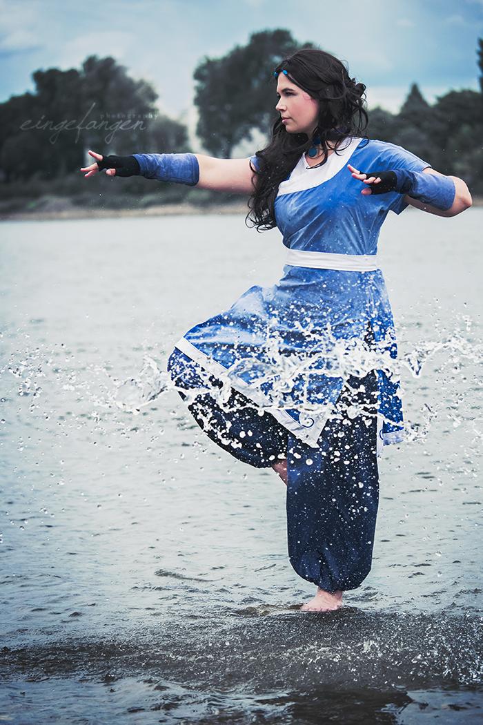 Katara Waterbending by FotosEingefangen