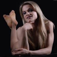 Lea - confident woman by gb62da