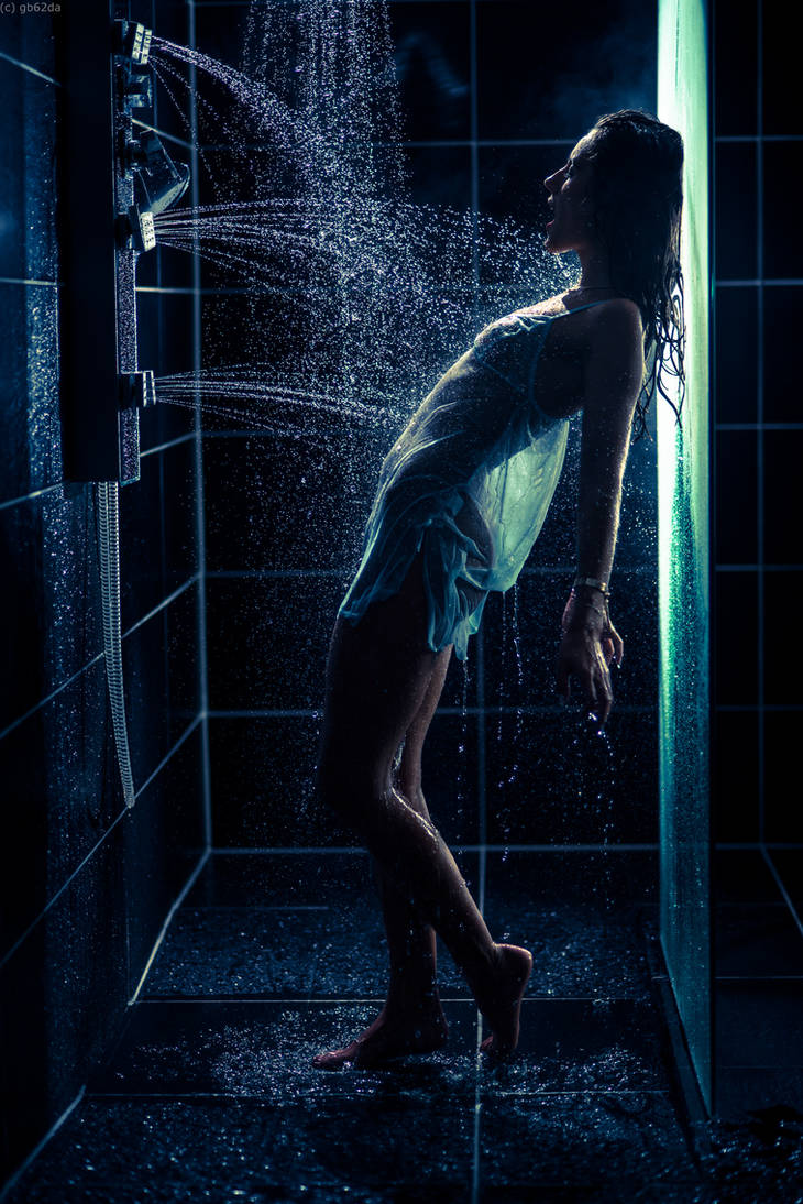 Taking a shower 4 by gb62da