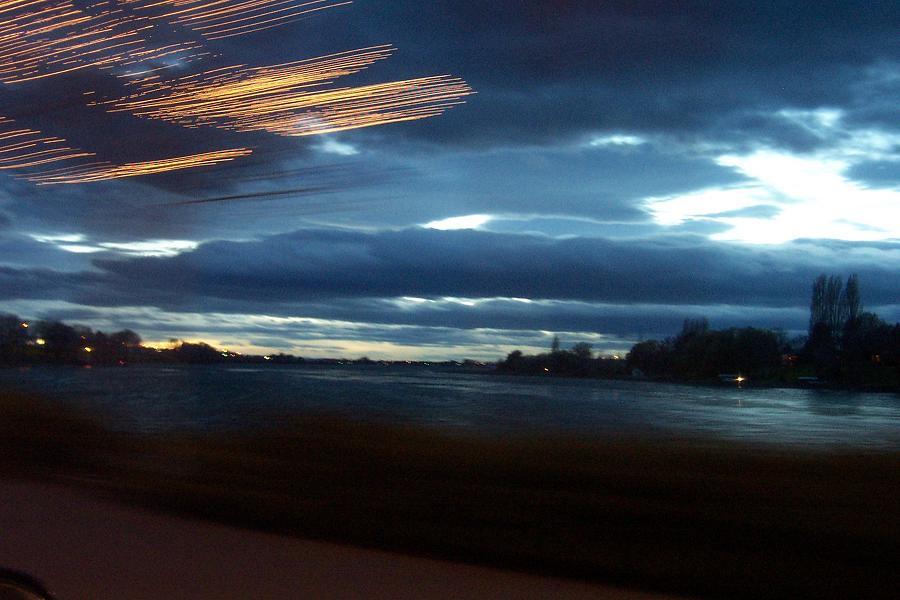Lake lights by Llewenayah