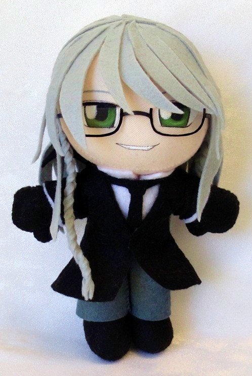 http://orig08.deviantart.net/8d70/f/2014/062/2/8/commission__reaper_undertaker_mini_plushie_by_ladyoftheseireitei-d78sug9.jpg