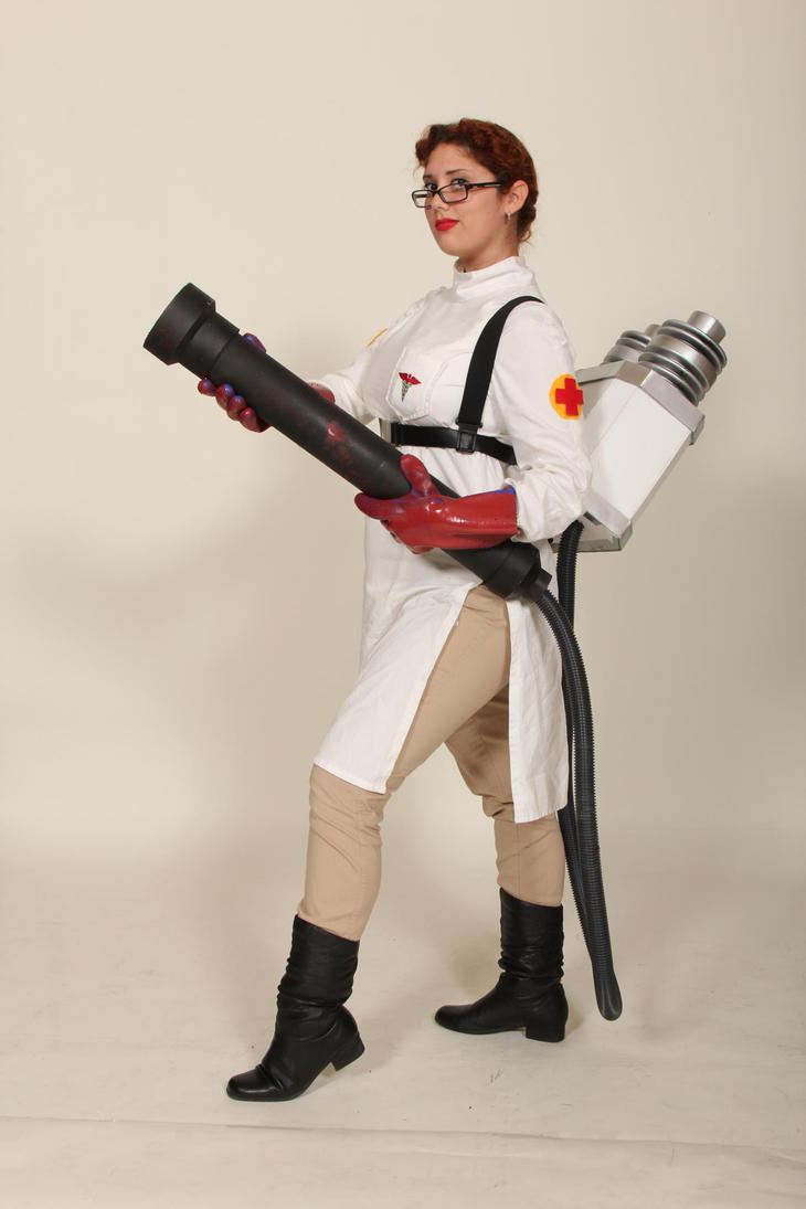 Team Fortress 2 Medic by hewtab