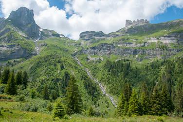 Soustal Valley by enaruna