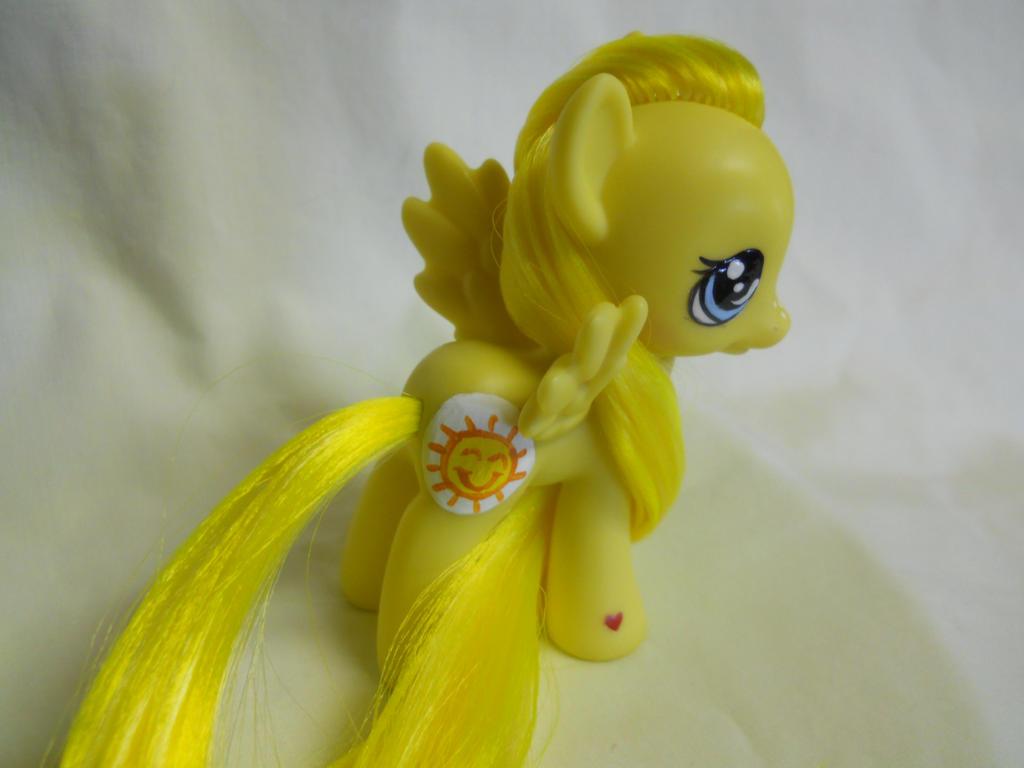 Funshine Bear Pony by TiellaNicole