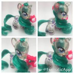 Custom Gusty Snowglobe Pony