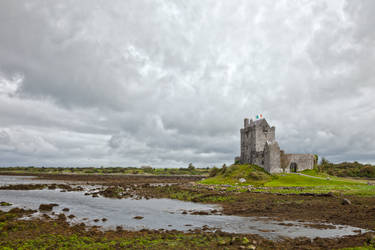 Dunguaire Castle I by boldfrontiers
