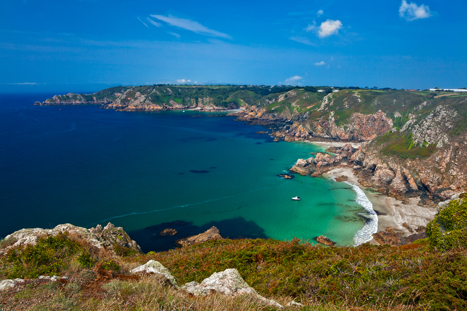 guernsey chat Guernsey floral festivals are annual events, coinciding with the flowering times on the island enjoy walks, talks and discover guernsey's hidden gardens.