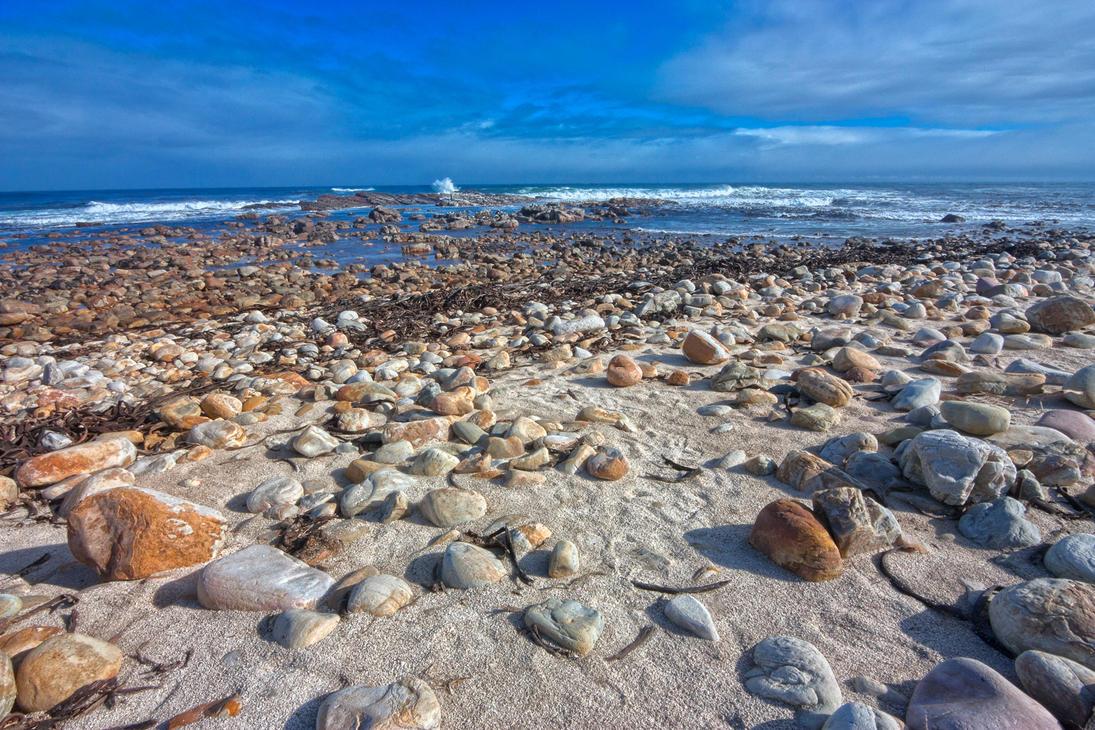 Rugged Beach - HDR by somadjinn