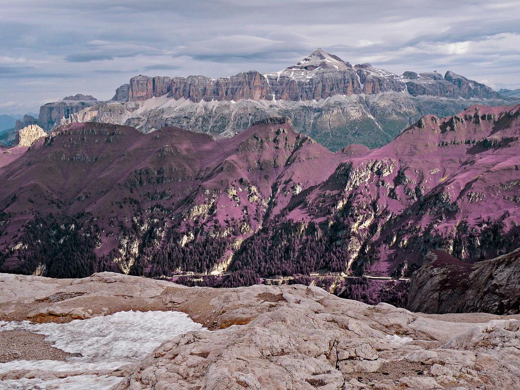From Pian dei Fiacconi - Lavender Fantasy by somadjinn