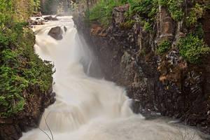 Dorwin Falls II by boldfrontiers