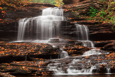 Onondaga Falls by boldfrontiers