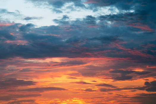 Vibrant Sunset Clouds