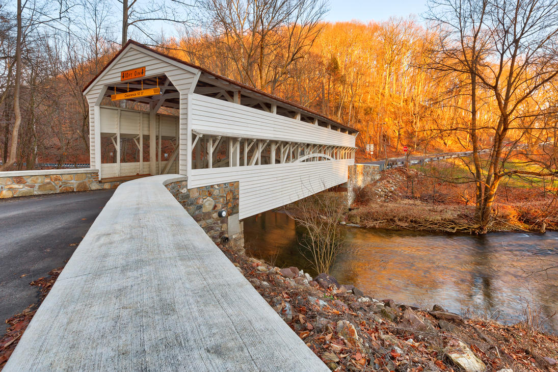 Knox Covered Bridge by somadjinn
