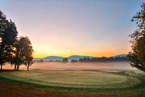 Misty Dawn Golf Course (freebie) by boldfrontiers