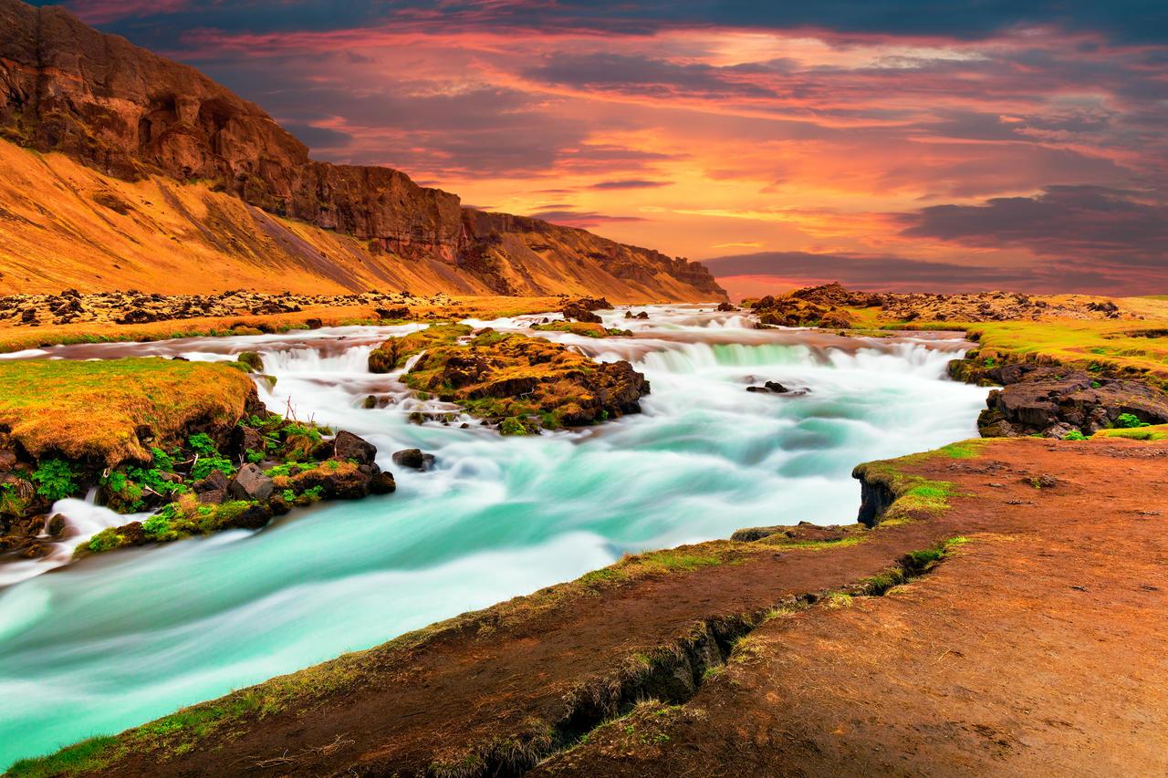 Iceland Sunset Silk Stream by somadjinn