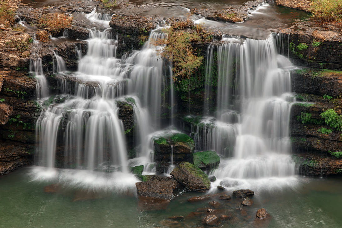 Great Twin Falls by boldfrontiers