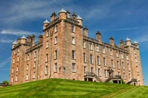 Drumlanrig Castle by boldfrontiers