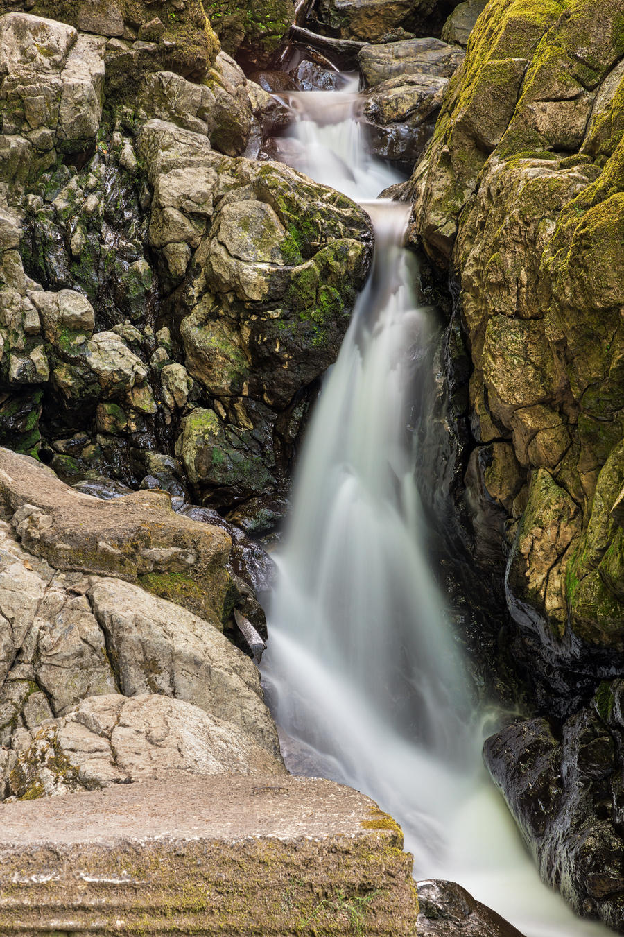 Sychryd Platform Falls by boldfrontiers