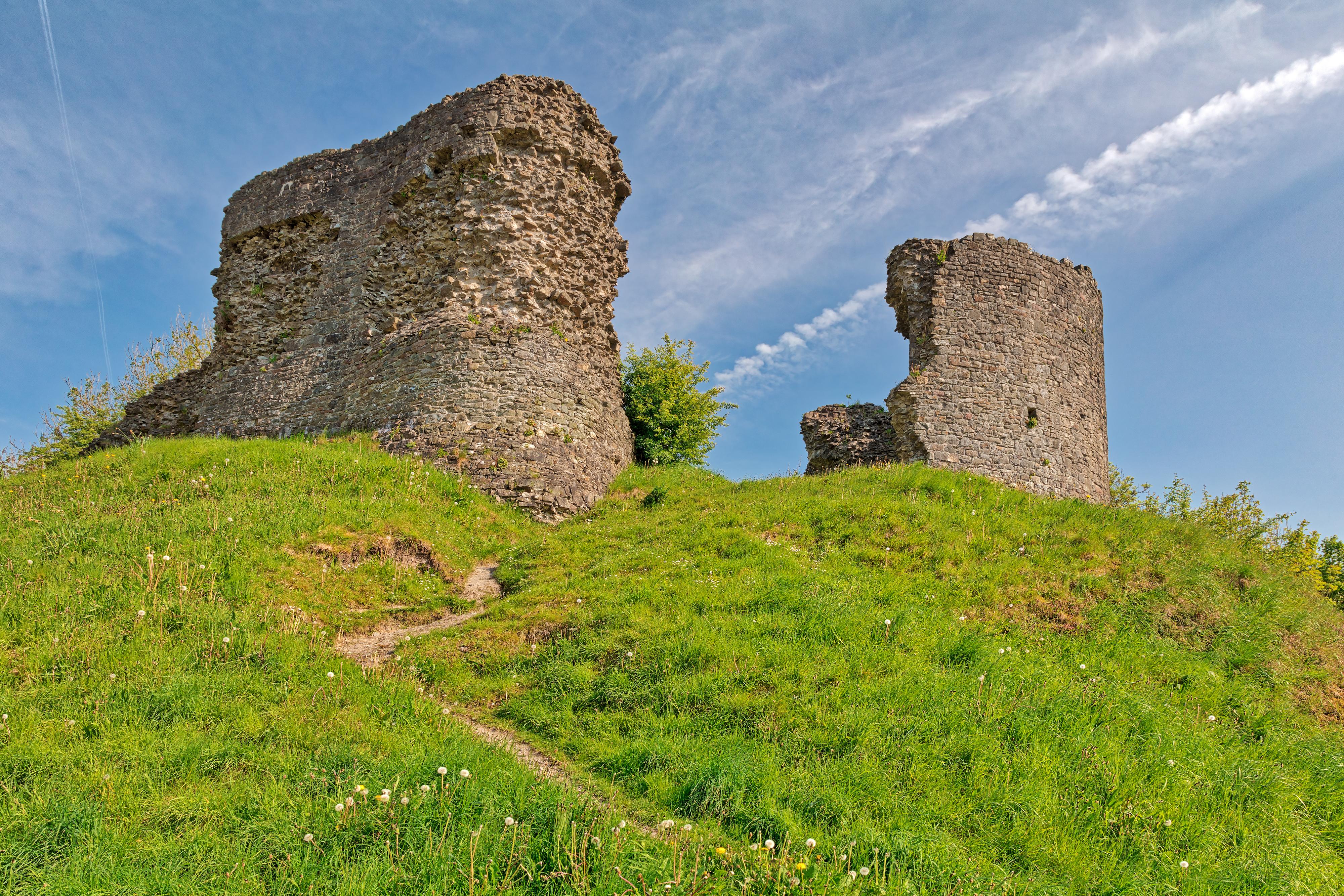 Llandovery Castle Ruins (freebie) by boldfrontiers