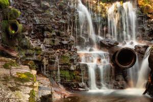 Shelving Rock Pipe Falls (freebie) by boldfrontiers