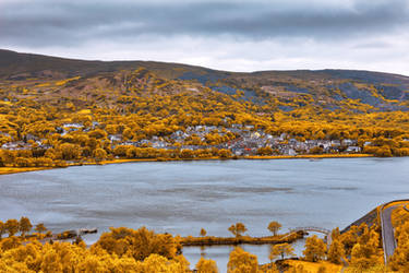 Golden Essence of Llanberis by boldfrontiers