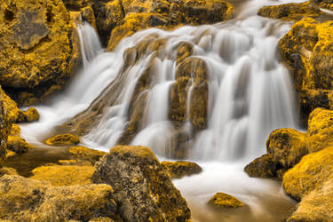 Smiley Moss Falls by boldfrontiers