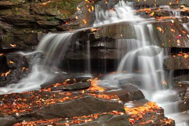 Splitting Autumn Falls of Garden Creek by boldfrontiers