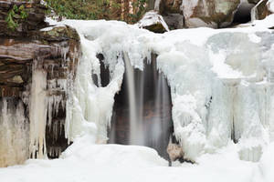 Elakala Freeze Falls by boldfrontiers