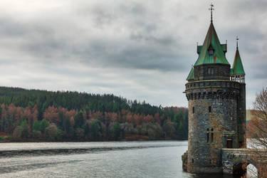 Lake Vyrnwy Tower (freebie) by boldfrontiers