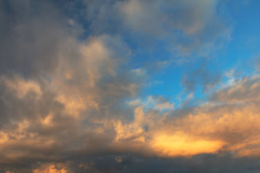 Glowing Sunrise Clouds by boldfrontiers