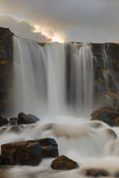 Shimmering Axe Falls by boldfrontiers