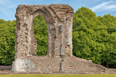 Window Arch Ruins - Neath Abbey